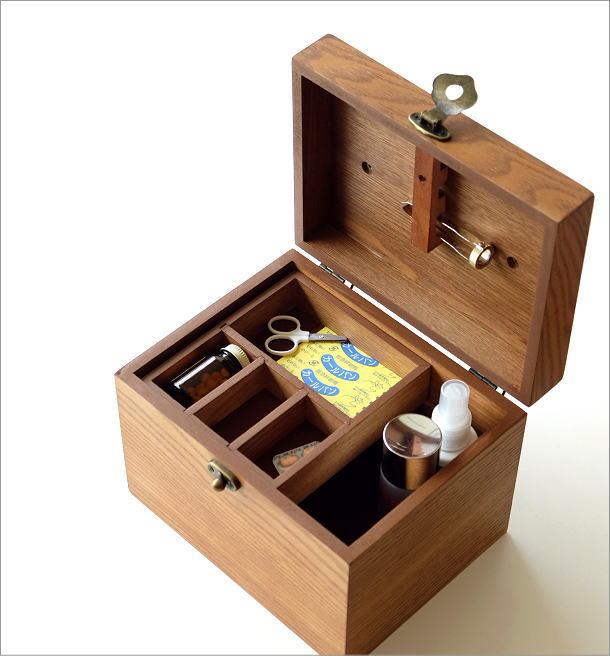 木の救急箱(1)