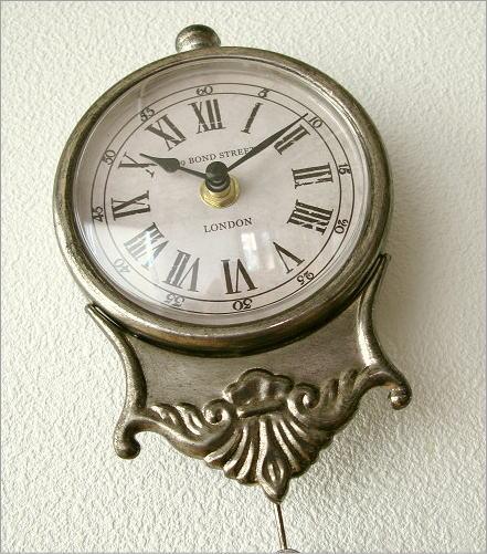 小さな掛け時計(1)
