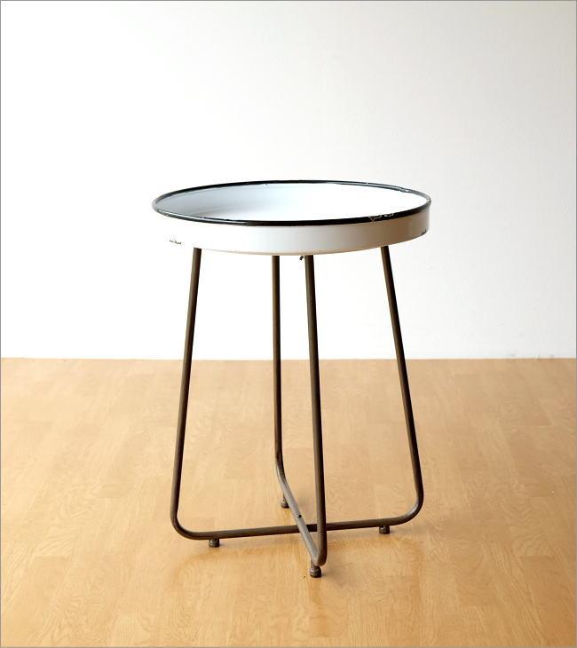 琺瑯のトレイテーブル(5)