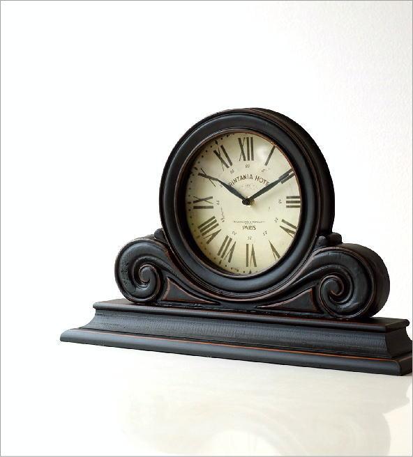 アンティークなウッドの置き時計(1)