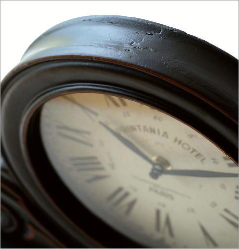 アンティークなウッドの置き時計(2)