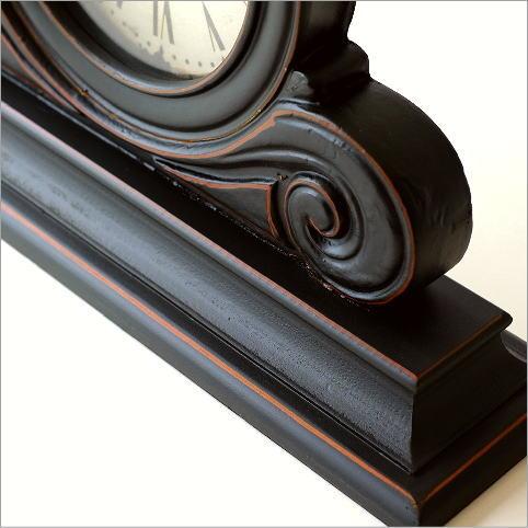 アンティークなウッドの置き時計(3)