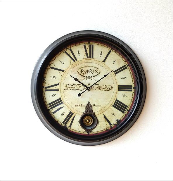 クラシックな振り子付き掛時計(4)