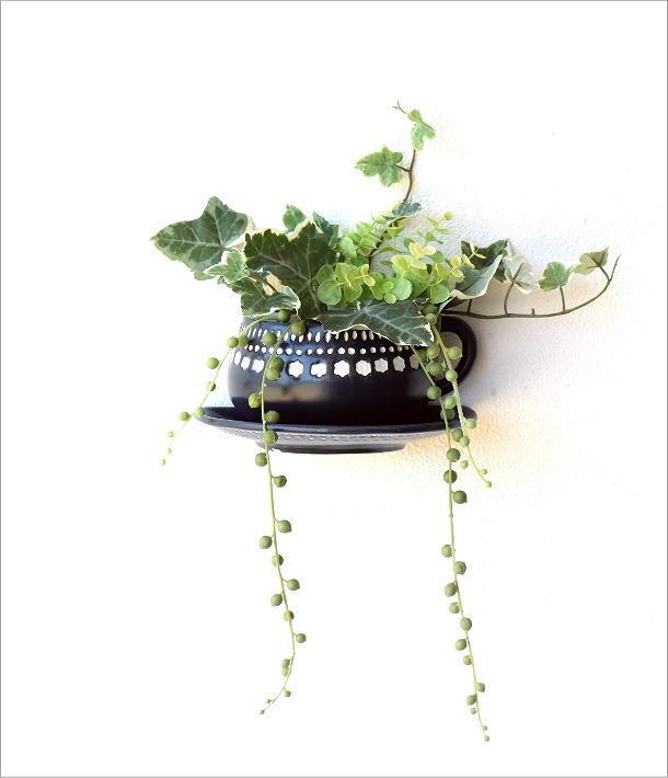 陶器のカップ型壁掛プランター(4)