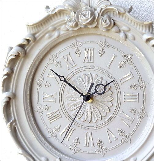 クラシックな掛け時計B(2)