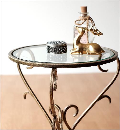 アイアンとガラスのエレガントテーブル(3)