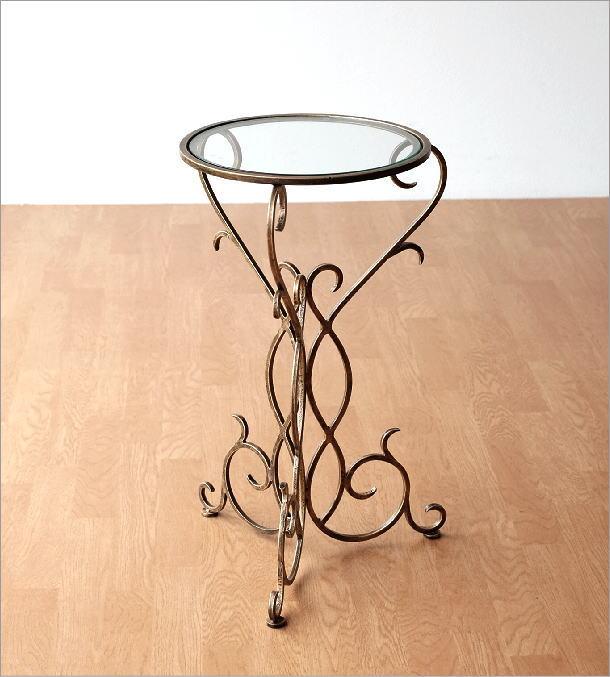 アイアンとガラスのエレガントテーブル(5)