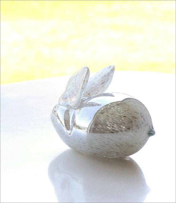 ガラスのオブジェ ウサギ(1)