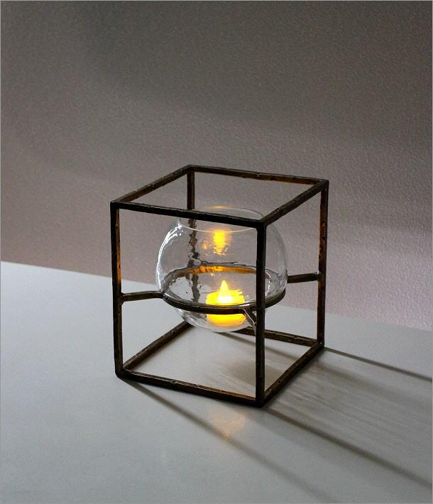 アイアンとガラスのキャンドルホルダー スクエア(1)
