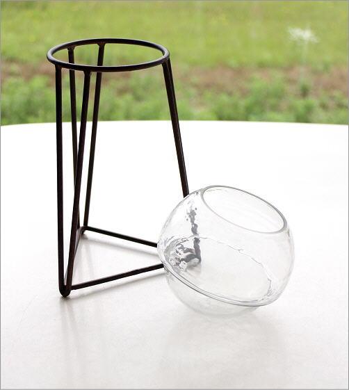 アイアンとガラスのキャンドルホルダー トライアングル(3)