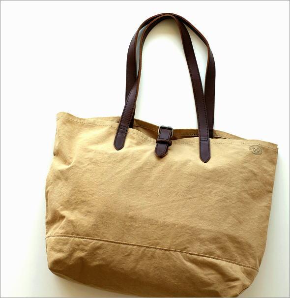 革とテント地のトートバッグ(1)