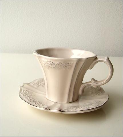 アンティークなペアカップ ベージュ(1)