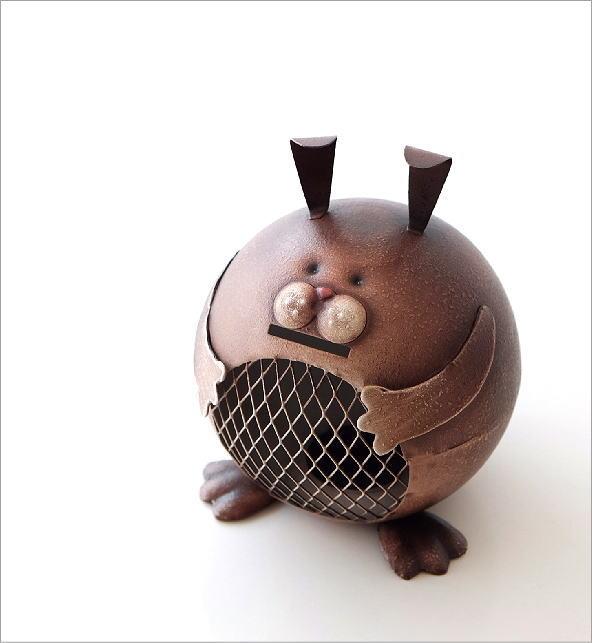 ブリキのオブジェ ウサギ貯金箱(1)