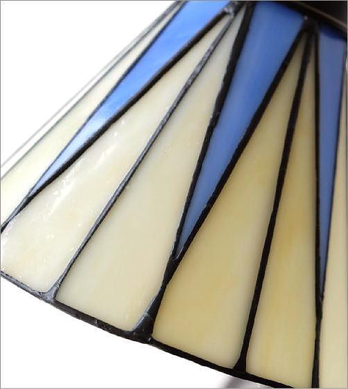 ステンドグラステーブルランプ リタ(3)