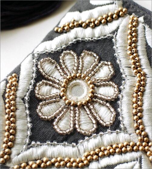 ビーズ刺繍ポーチ CH(2)
