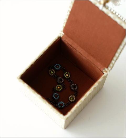 ビーズ刺繍スクエアボックス 3タイプ(3)