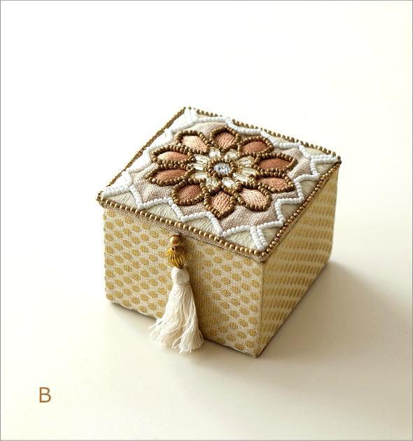 ビーズ刺繍スクエアボックス 3タイプ(5)