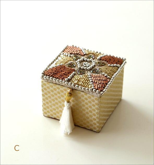 ビーズ刺繍スクエアボックス 3タイプ(6)