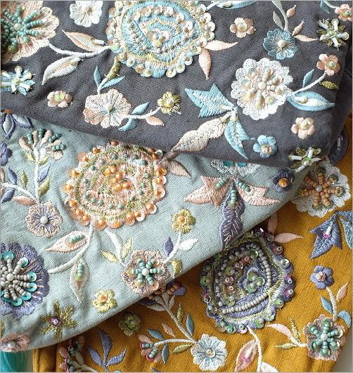 ビーズ刺繍ポーチB 3カラー(4)