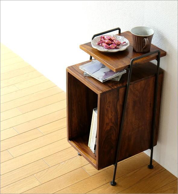 アイアンとシーシャムのサイドテーブル B(1)