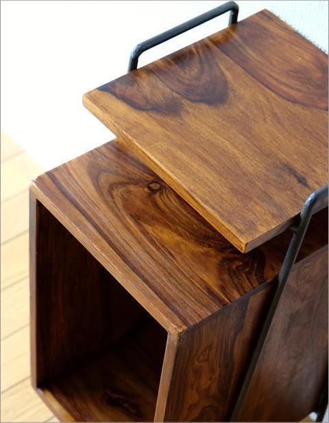 アイアンとシーシャムのサイドテーブル B(2)