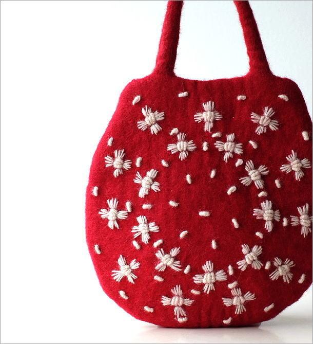 フェルトデイジー刺繍卵型バッグ(1)
