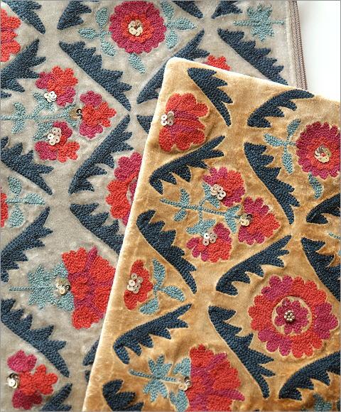 ベロア刺繍フラットポーチL 2カラー(2)