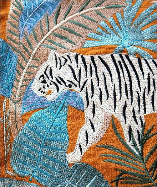 ジャングル刺繍のクッションカバー 2タイプ(2)