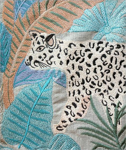 ジャングル刺繍のクッションカバー 2タイプ(3)