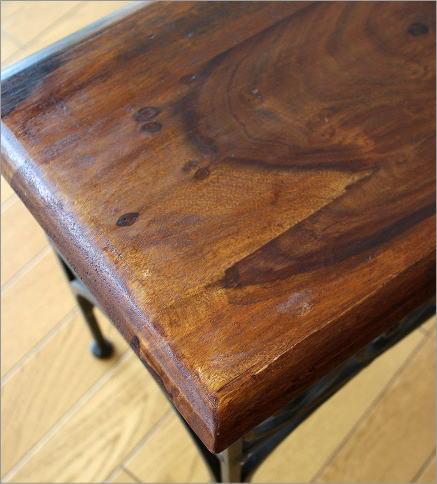 アイアンとシーシャムのネストテーブル S(2)