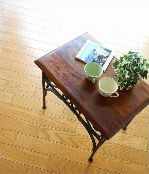 アイアンとシーシャムのネストテーブル M(1)