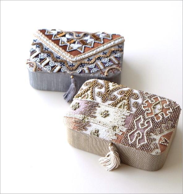 ビーズ刺繍レクタングルボックス2タイプ(1)