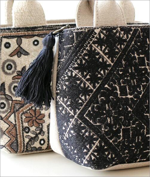 ラグ柄刺繍ファスナー付き手提げバッグ 2タイプ(2)
