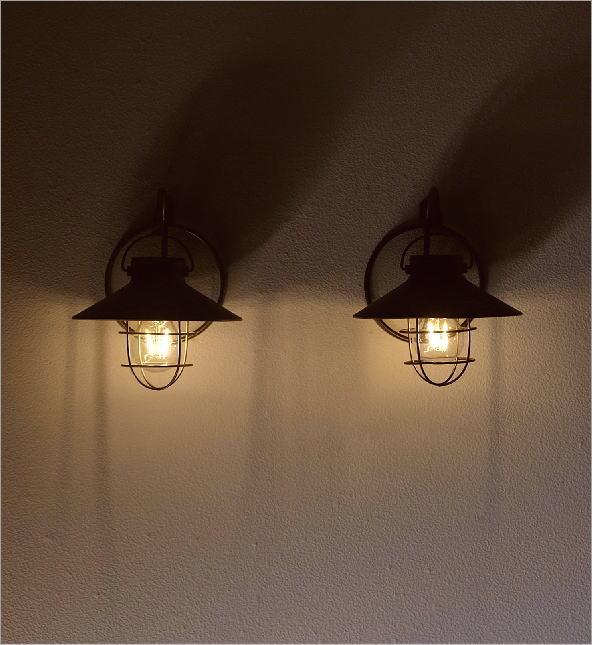 壁掛ソーラーガーデンライト2カラー(1)