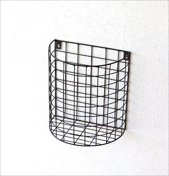 半円のアイアンバスケット(3)
