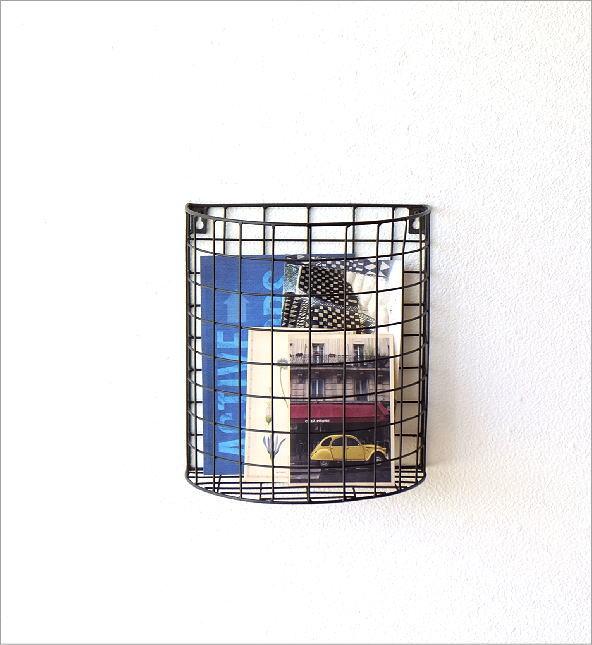 半円のアイアンバスケット(4)