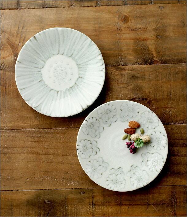 プレート中皿 ホワイトフラワー2タイプ(1)
