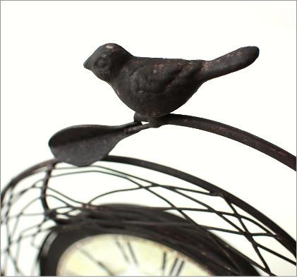 レトロでアンティーク調な小鳥