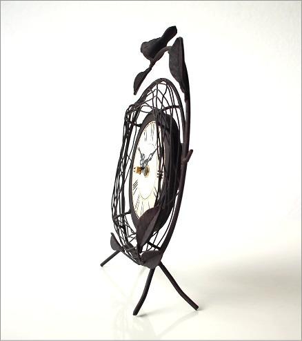 置き時計を横から見たイメージ