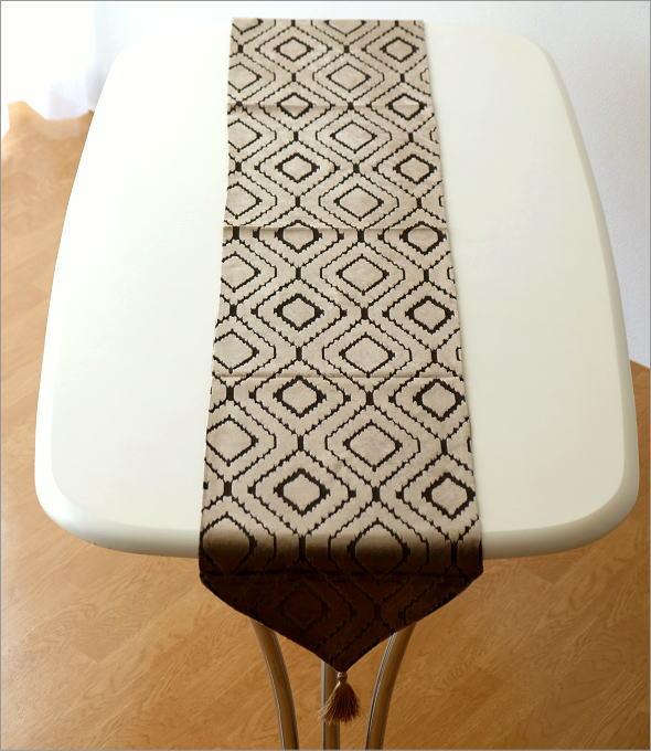 テーブルランナー ライトブラウン    (1)