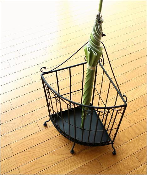 アイアンの傘立て コーナー(1)
