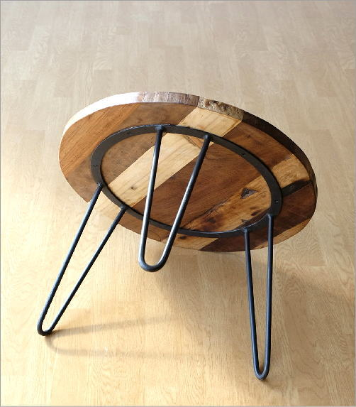 シャビーな寄木のラウンドテーブル(3)