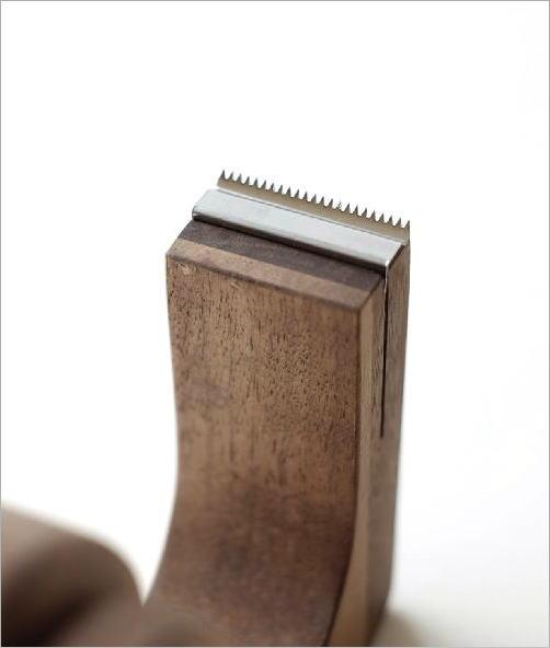 木のテープカッター ウォルナット(3)