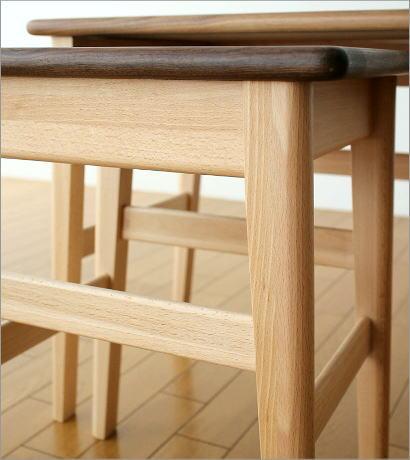 ナチュラルウッドのネストテーブル(4)