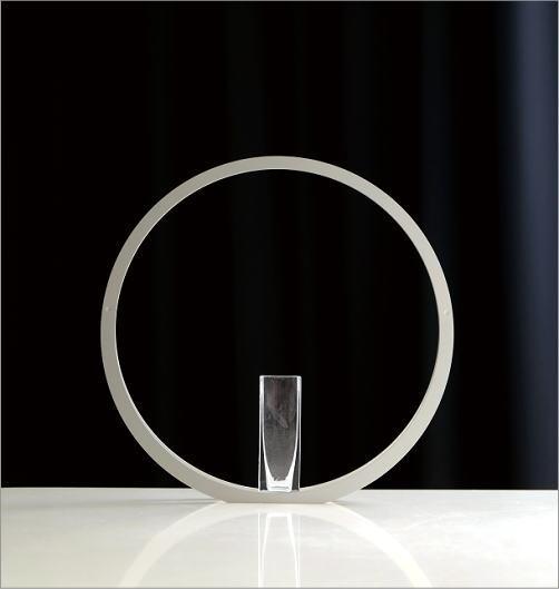 アルミとガラスのベース UT(4)
