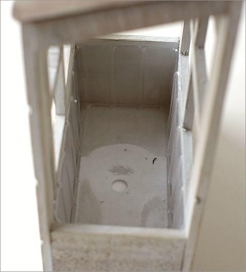 レンガ風1階建て壁掛ウッドプランター(3)