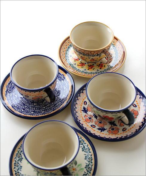 ポーランド陶器のカップ&ソーサー4タイプ(1)