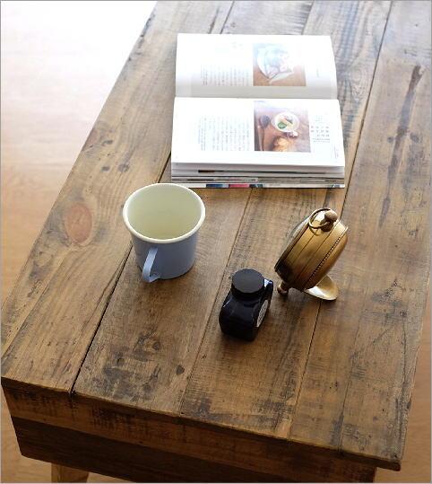 シャビーシックな棚付きローテーブル(3)