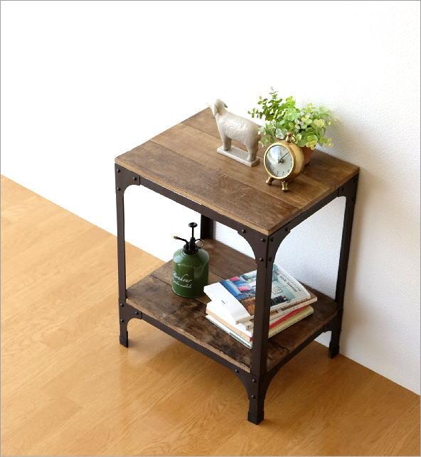 シャビーシックなサイドテーブル(1)