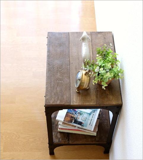 シャビーシックなサイドテーブル(2)